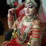 Choose Ritu To Sign Up For World Class Make Up Services